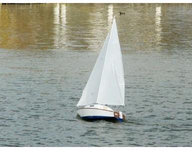 Réplique d'un bateau légendaire : le Corsaire (dériveur lesté )