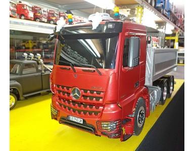Mercedes Astros Tamiya + benne TruckTech préparé par Thierry
