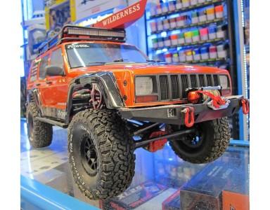 SCX10 II™ 2000 Jeep® Cherokee en kit AX90046 Axial